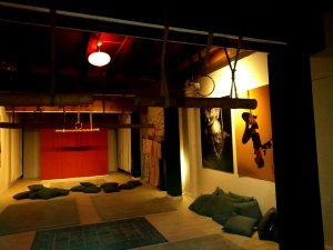 Area di pratica shibari e palco